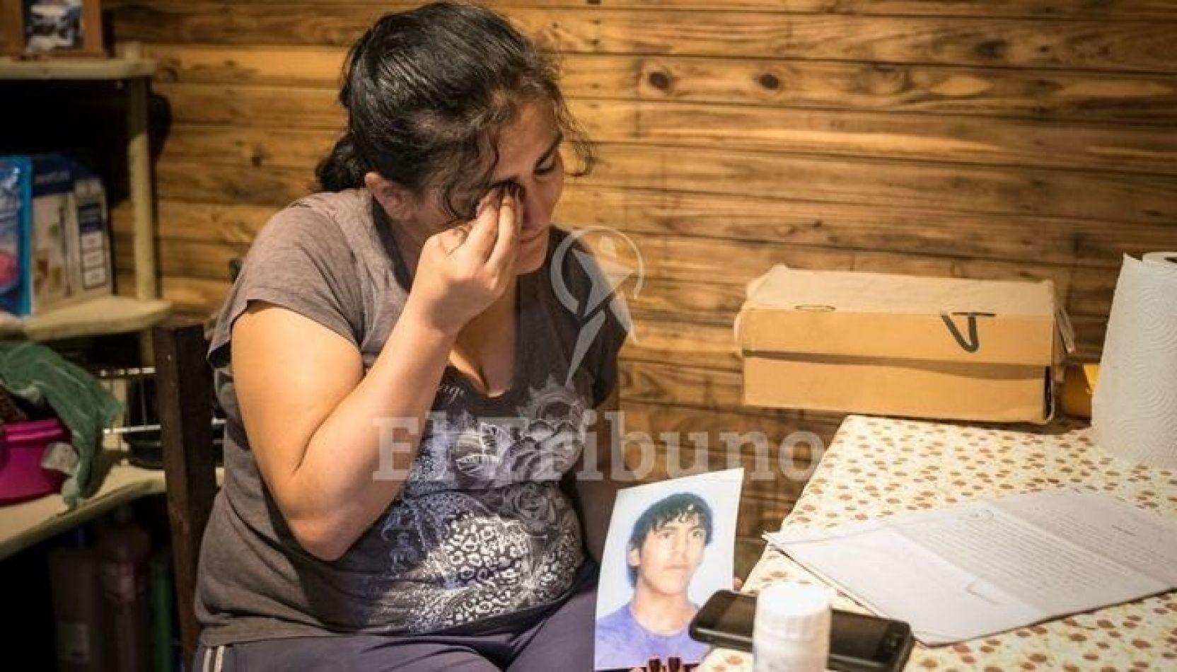 Buscan determinar si el joven acusado de abusar de su mamá es inimputable