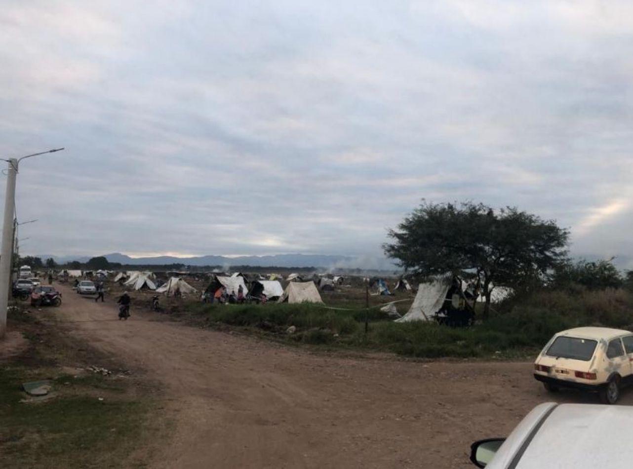Instan a una mediación por la ocupación de tierras en La Moraleja